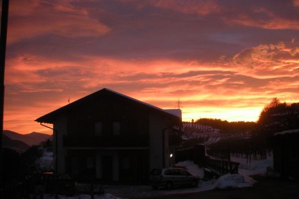 tramonto-splendido-agritur-facciata-dal-cortile-23-12-12-0084DF7CE94-BA7B-E94B-DEFF-9C60D26A7584.jpg